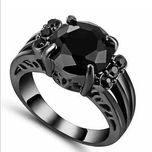 Beautiful Black Ring (C23)